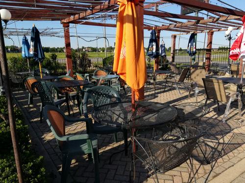 Larry's Diner patio