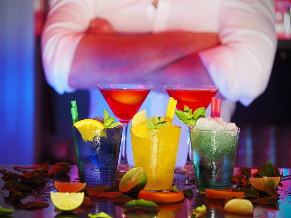 bar drinks with server